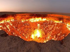 The door to Hell and three other bizarre places in the world you never knew