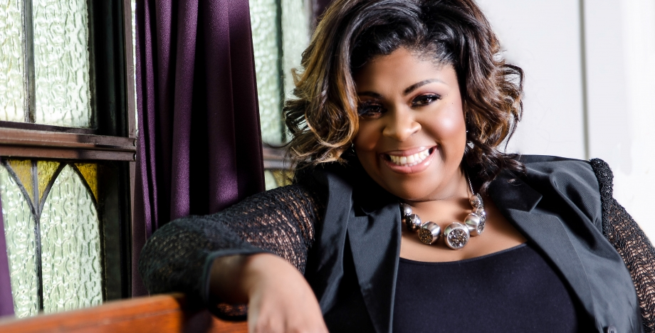 Gospel Singer Kim Burrell Booted…How to Not Get Stuck on the Issue