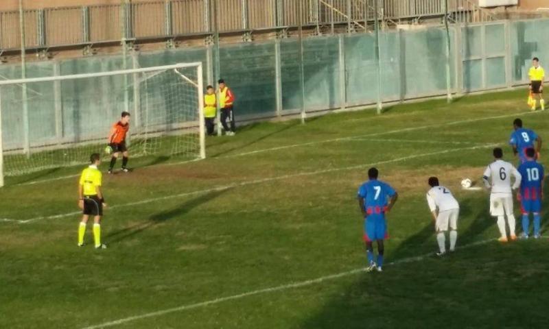 Calcio, a Scordia trasferta dura; Volley, obiettivo 3 punti
