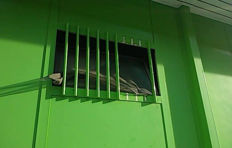 Gli sciacalli non si fermano: furto con scasso all'Erg di Corso Italia