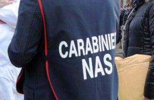 Catania, casa di riposo lager: anziani picchiati e costretti a mangiare con il naso turato