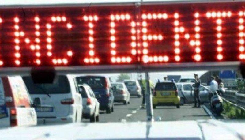 DUE GRAVISSIMI INCIDENTI OGGI SULL'AUTOSTRADA A18 – FERITI
