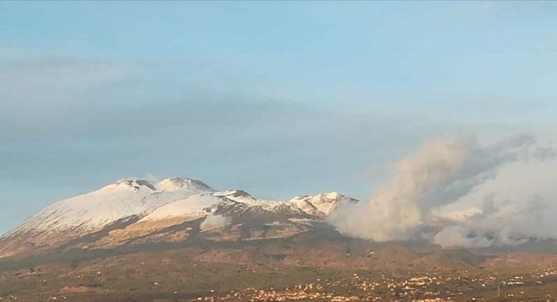 """L'Etna ed il suo tramonto visto da """"La Repubblica"""""""
