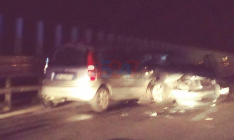 SS121 – Tamponamento fra due auto, feriti lievi – Le foto