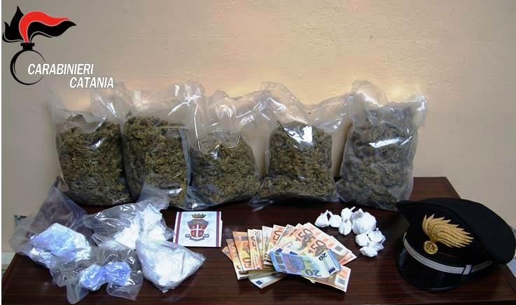 CATANIA: Sequestrato mezzo chilo di cocaina e quasi 2 chili di marijuana, un arresto