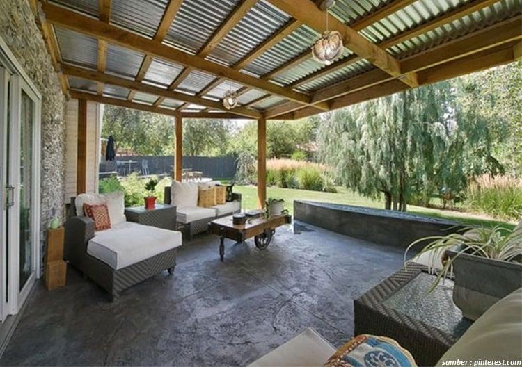7 Inspirasi Desain Teras Belakang Rumah Untuk Berbagai Aktivitas