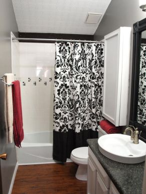 Beautiful Black And White Shower Curtains Design Ideas 98