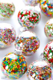 Beautiful Christmas Tree Ornaments Ideas You Must Have 43