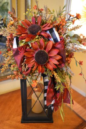Easy But Inspiring Outdoor Fall Decoration Ideas 17