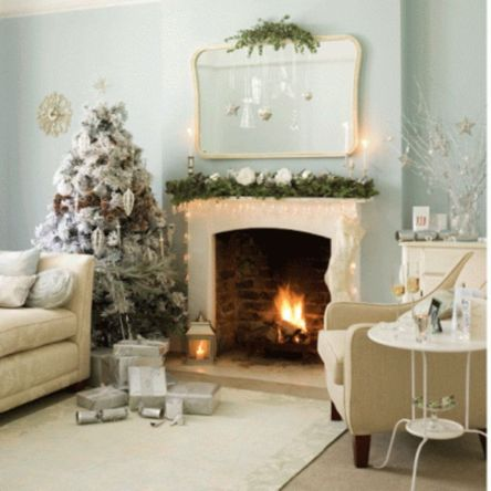 Space Saving Christmas Tree Ideas Suitable For Small Rooms 42