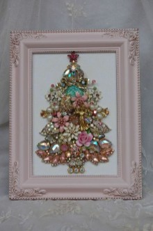 Cute And Adorable Pink Christmas Tree Decoration Ideas 10