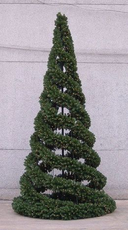 Easy And Creative DIY Christmas Tree Design Ideas You Can Try As Alternatives 09