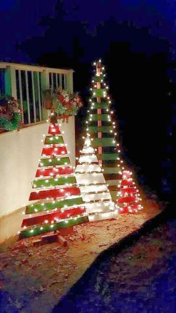 Easy And Creative DIY Christmas Tree Design Ideas You Can Try As Alternatives 60