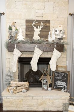 Elegant White Vintage Christmas Decoration Ideas 40