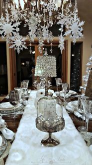 Elegant White Vintage Christmas Decoration Ideas 94