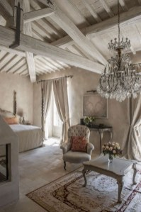 Incredible And Stunning French Home Decoration Ideas 20