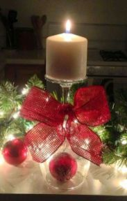 Inspiring Modern Rustic Christmas Centerpieces Ideas With Candles 02