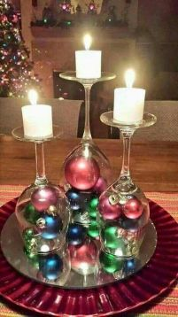 Inspiring Modern Rustic Christmas Centerpieces Ideas With Candles 08