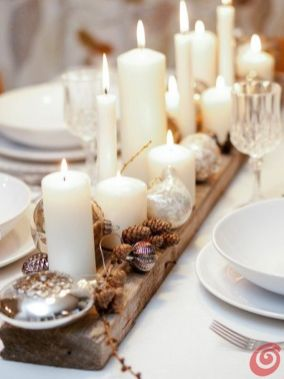 Inspiring Modern Rustic Christmas Centerpieces Ideas With Candles 16