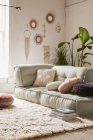 Modern And Elegant Living Room Design Ideas For Small Space 19