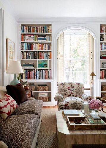 Modern And Elegant Living Room Design Ideas For Small Space 26