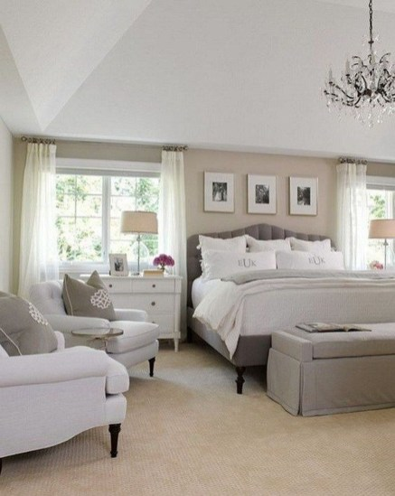 Modern And Elegant White Master Bedroom Decoration Ideas 47