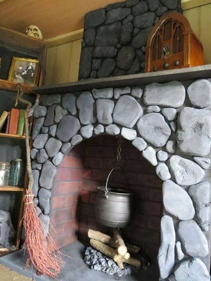 Scary But Classy Halloween Fireplace Decoration Ideas 52