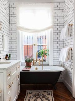 Simple And Clean Apartment Bathroom Decoration Ideas Suitable For You Who Living With Roomates 23