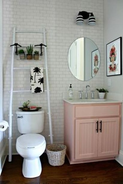 Simple And Clean Apartment Bathroom Decoration Ideas Suitable For You Who Living With Roomates 40