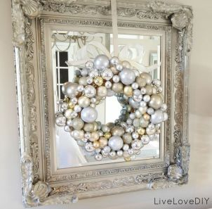 Stunning White Vintage Christmas Decoration Ideas 56