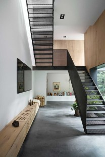 Totally Inspiring Residential Staircase Design Ideas You Can Apply For Your Home 44