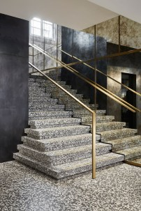 Totally Inspiring Residential Staircase Design Ideas You Can Apply For Your Home 58