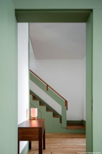 Totally Inspiring Residential Staircase Design Ideas You Can Apply For Your Home 60