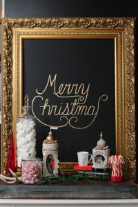 Elegant Black And Gold Christmas Decoration Ideas28