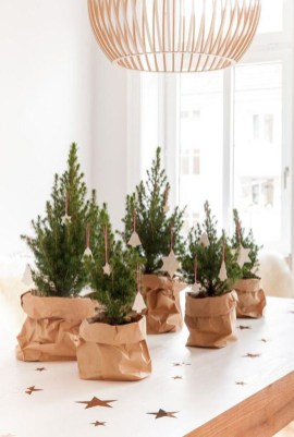 Elegant Christmas Table Decoration Ideas15