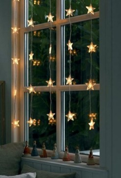 Gergerous Indoor Decoration Ideas With Christmas Lights07