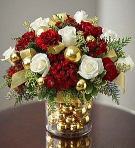 Totally Inspiring Red And Gold Christmas Decoration Ideas 02