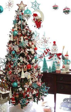 Totally Inspiring Red And Gold Christmas Decoration Ideas 45
