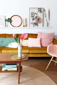 Bright And Colorful Living Room Design Ideas02