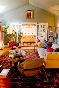 Bright And Colorful Living Room Design Ideas03