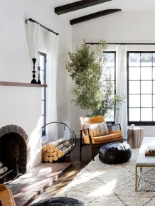Cozy And Modern Living Room Decoration Ideas 12