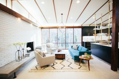 Cozy And Modern Living Room Decoration Ideas 41
