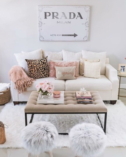 Cozy Neutral Living Room Decoration Ideas 39