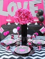 Adorable Valentines Day Party Decoration Ideas 51