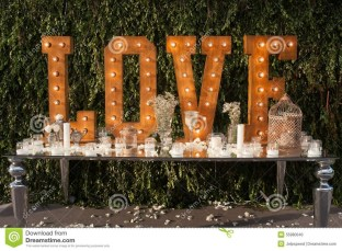 Cute Valentines Day Wedding Decoration Ideas 02