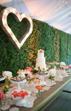 Cute Valentines Day Wedding Decoration Ideas 26