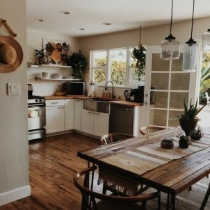 Stylish Rustic Kitchen Apartment Decoration Ideas 31