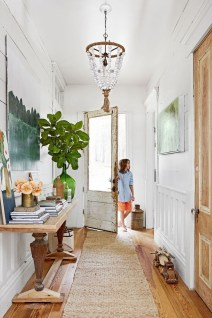 Adorable Farmhouse Entryway Decorating Ideas 13