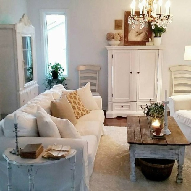 Cute Shabby Chic Farmhouse Living Room Decor Ideas 44