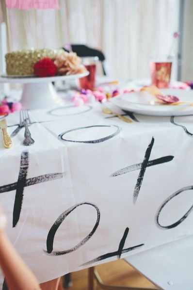 Inspiring Table Decoration Ideas For Valentines Party 30